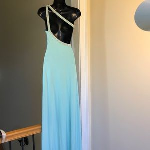 LM COLLECTION sz 4 mint gown prom wedding dress